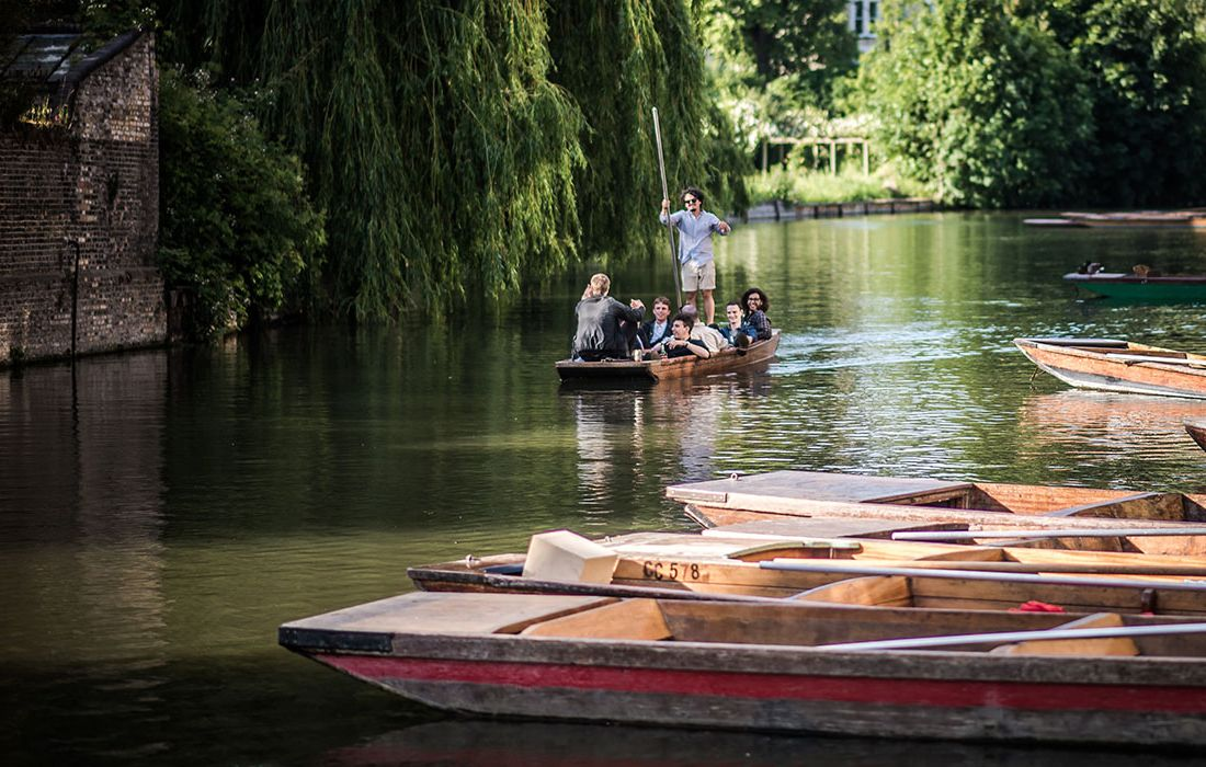 about-cambridge-photo-gallery/river-punting.jpg